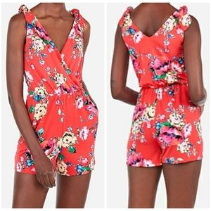 NWT Express Size XL Red Floral Romper Sleeveless